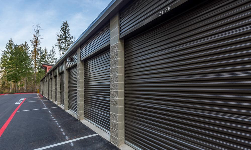 Secure roll up doors at Raceway Heated Storage - Covington in Covington, Washington