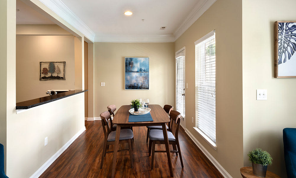 Worthington Luxury Apartments offers a modern dining room in Charlotte, North Carolina