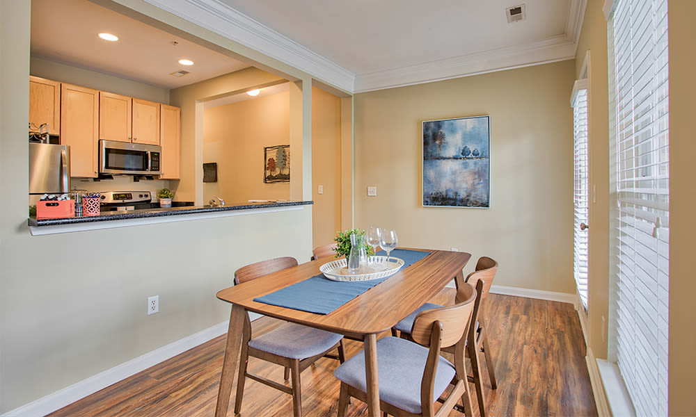 Dining room at Worthington Luxury Apartments in Charlotte, North Carolina