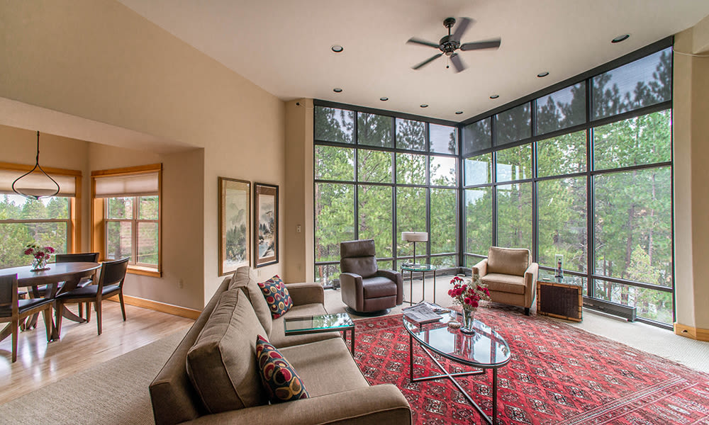 An interior photo at Touchmark at Mount Bachelor Village in Bend, Oregon