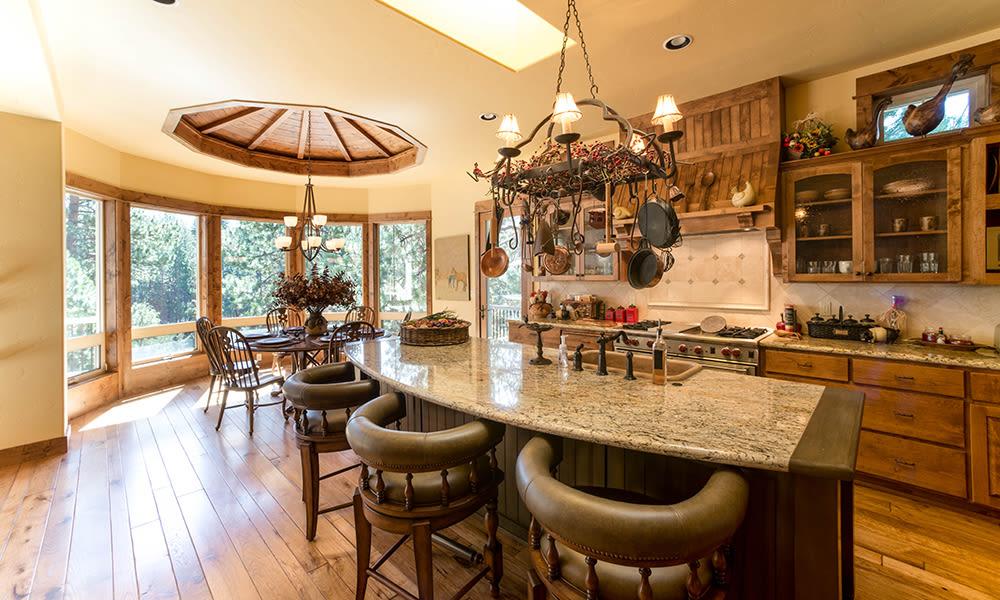 Independent living cottage interior at Touchmark at Mount Bachelor Village in Bend, Oregon