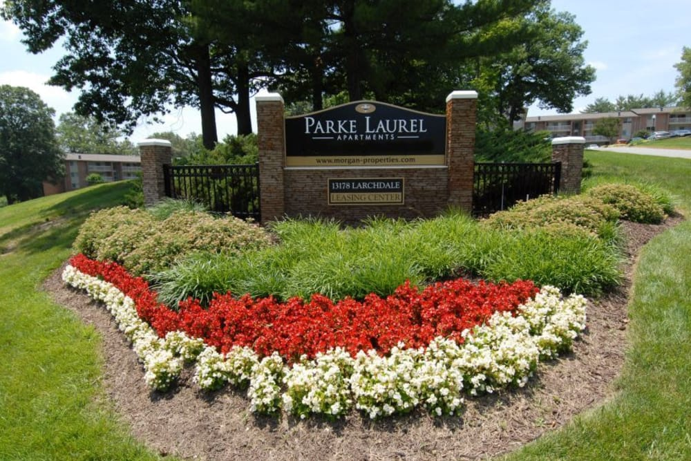 Entrance monument at Parke Laurel Apartment Homes in Laurel, MD