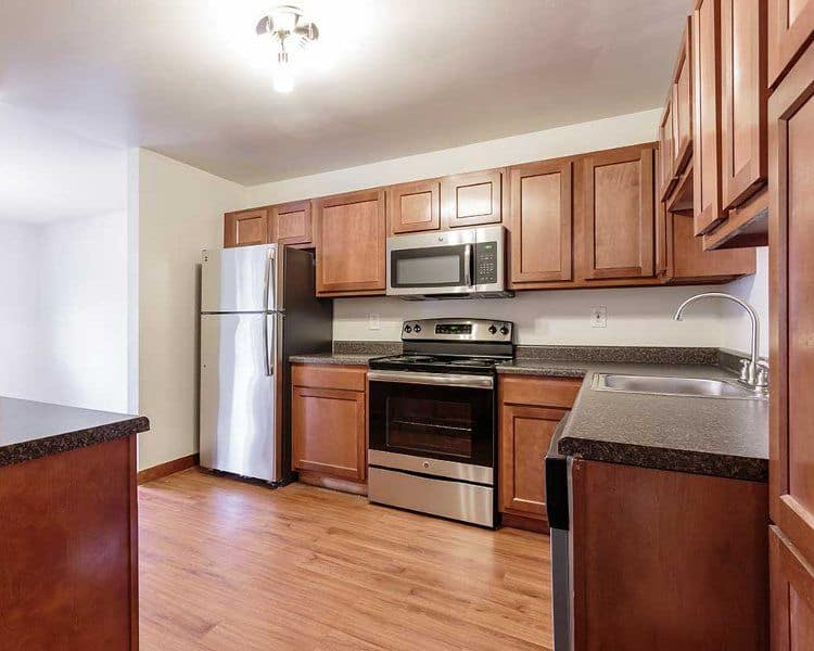 Full-equipped kitchen at Meadowbrook Apartments in Slingerlands, New York