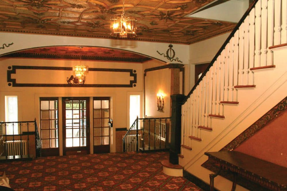 Grand entrance hall at Parkwin Apartments in Rochester, New York