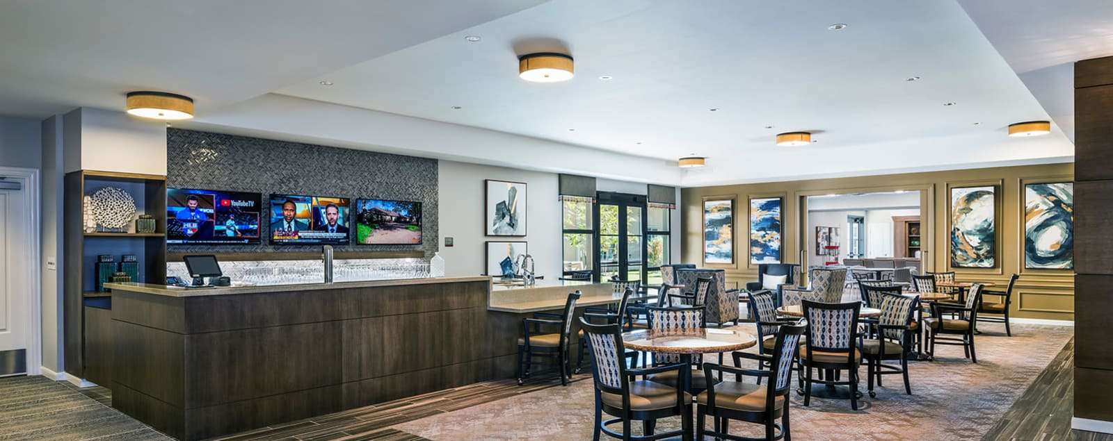 Schedule a senior living tour in Southlake