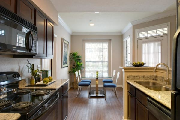 View interior gallery at Greenbriar Park in Houston, Texas