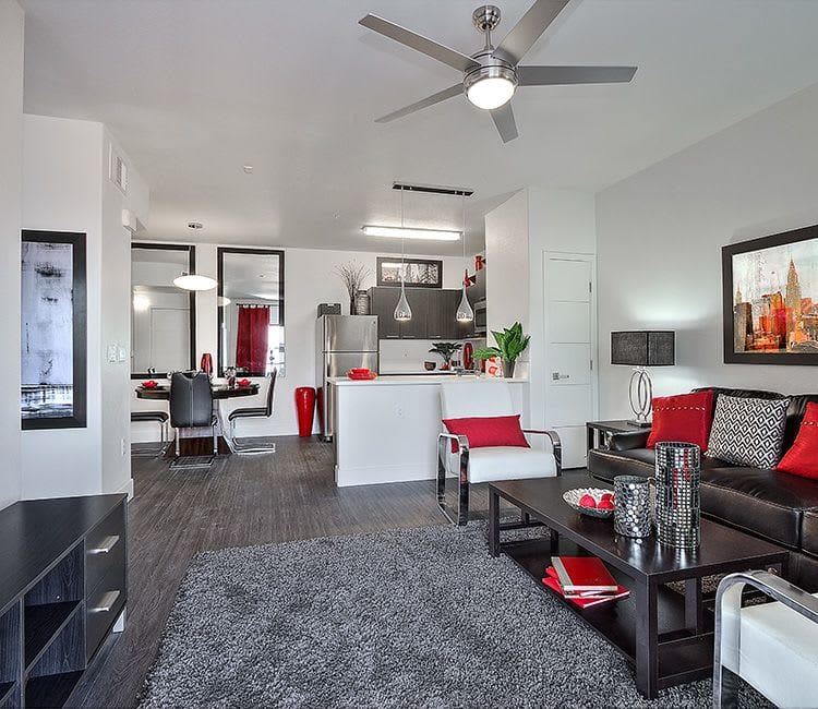 Spacious floor plans with hardwood floors at SW Apartments
