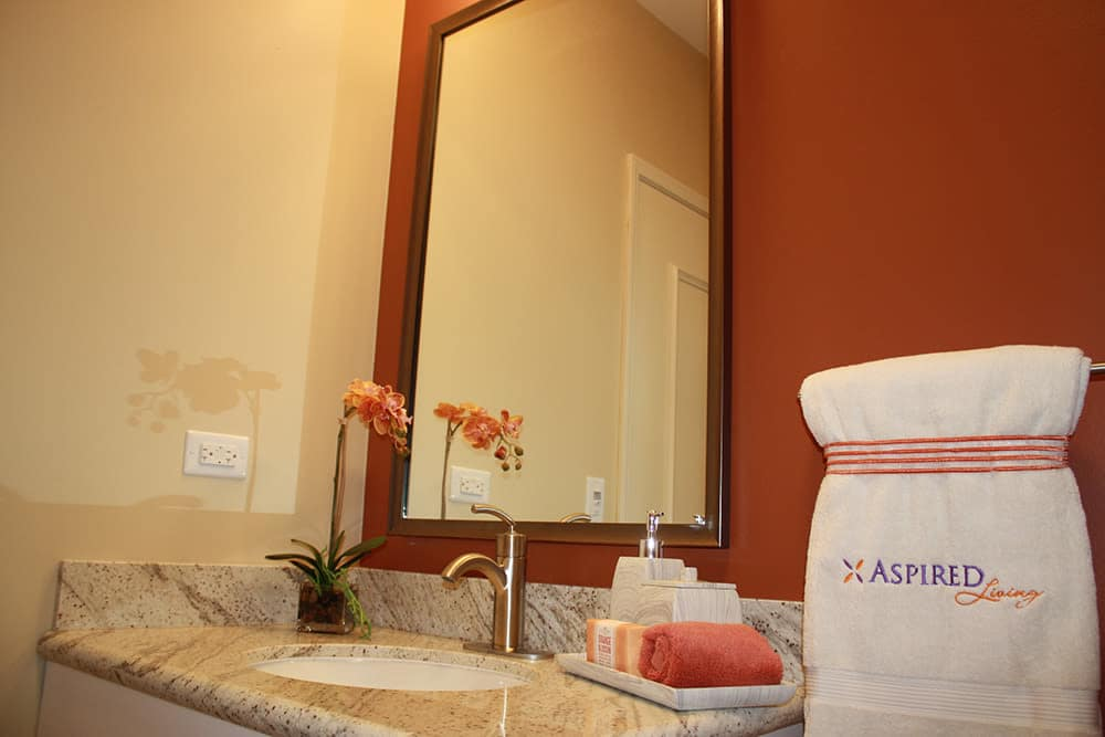 Beautiful bath room at apartments in Chicago, Illinois