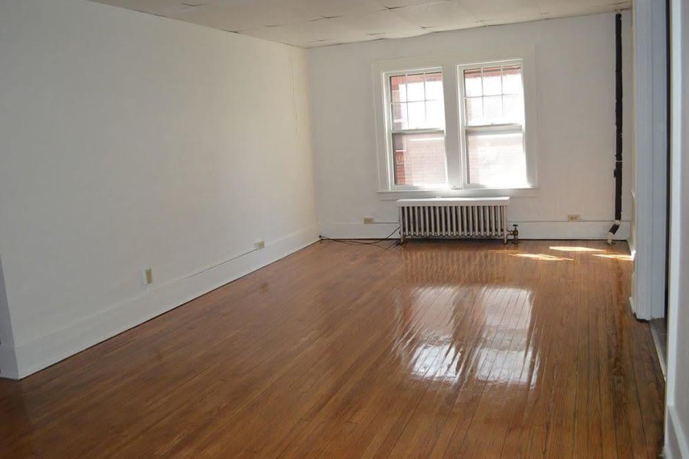 Living room at Frontenac/Genesee in Syracuse, New York