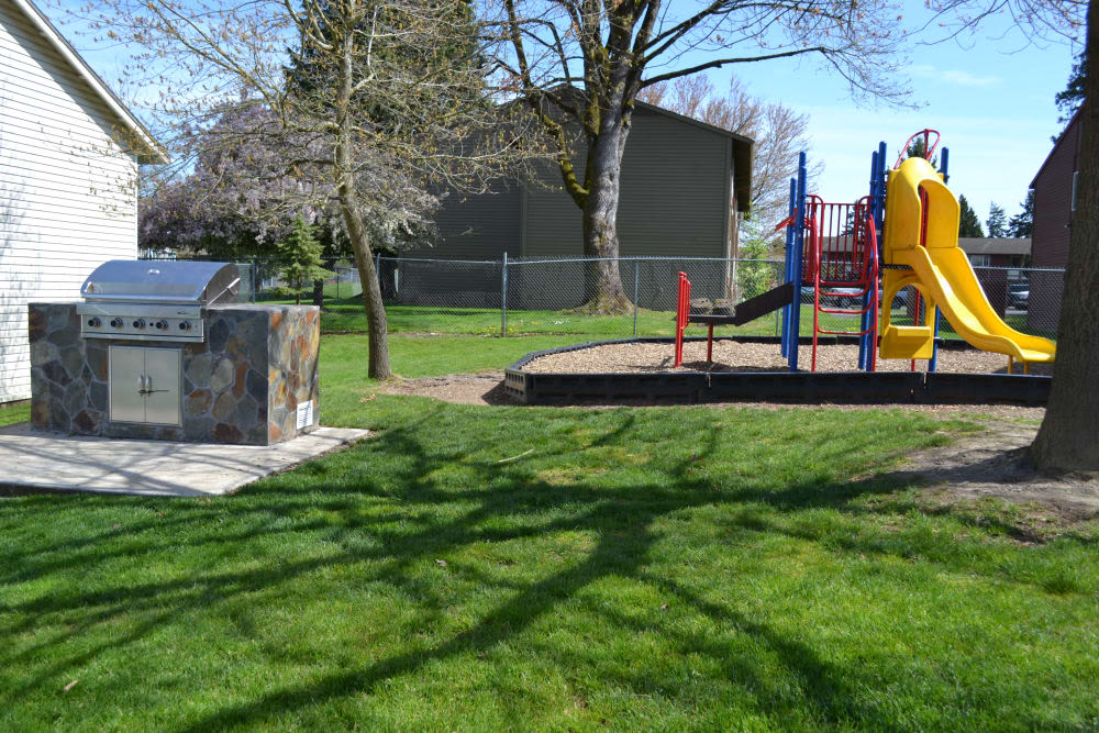 Playground and grill area at Pier Park in Portland, Oregon