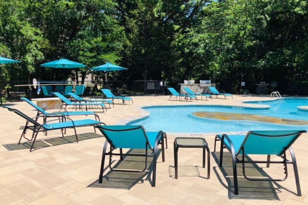 Pool at Oaks White Rock in Dallas, Texas