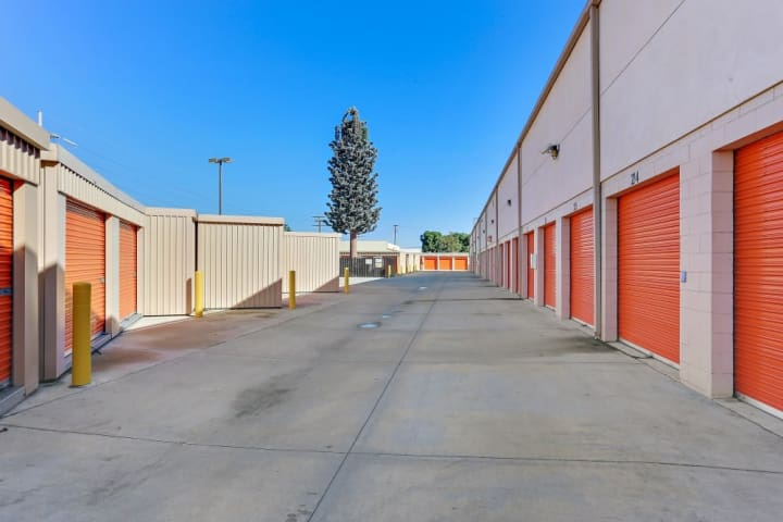 A-1 Self Storage in Santa Ana features a large amount of drive-up self storage units, perfect for people who need easy access to their possessions.