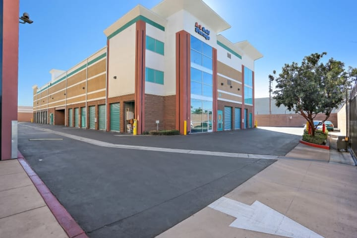 A-1 Self Storage in Bell Gardens, California, features wide driving lanes for drive up self storage units and 24-hour security cameras.