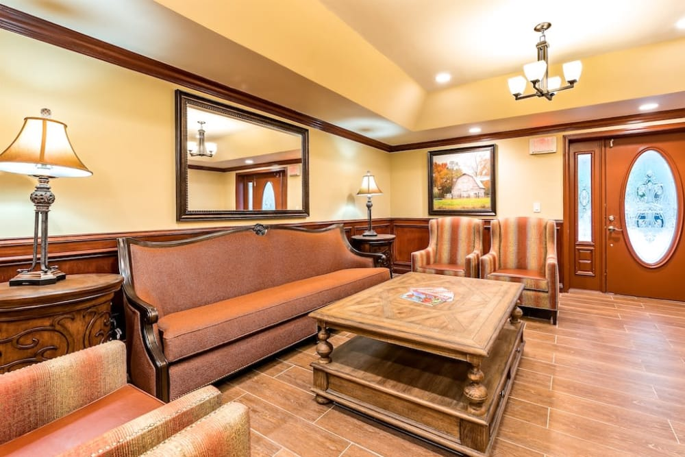 Front Lobby at Pacifica Senior Living Heritage Hills in Hendersonville, North Carolina