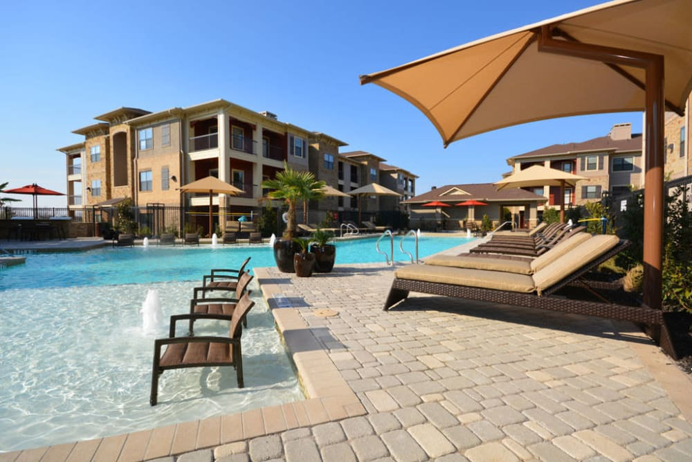 Pool at The Sovereign in Fort Worth, Texas
