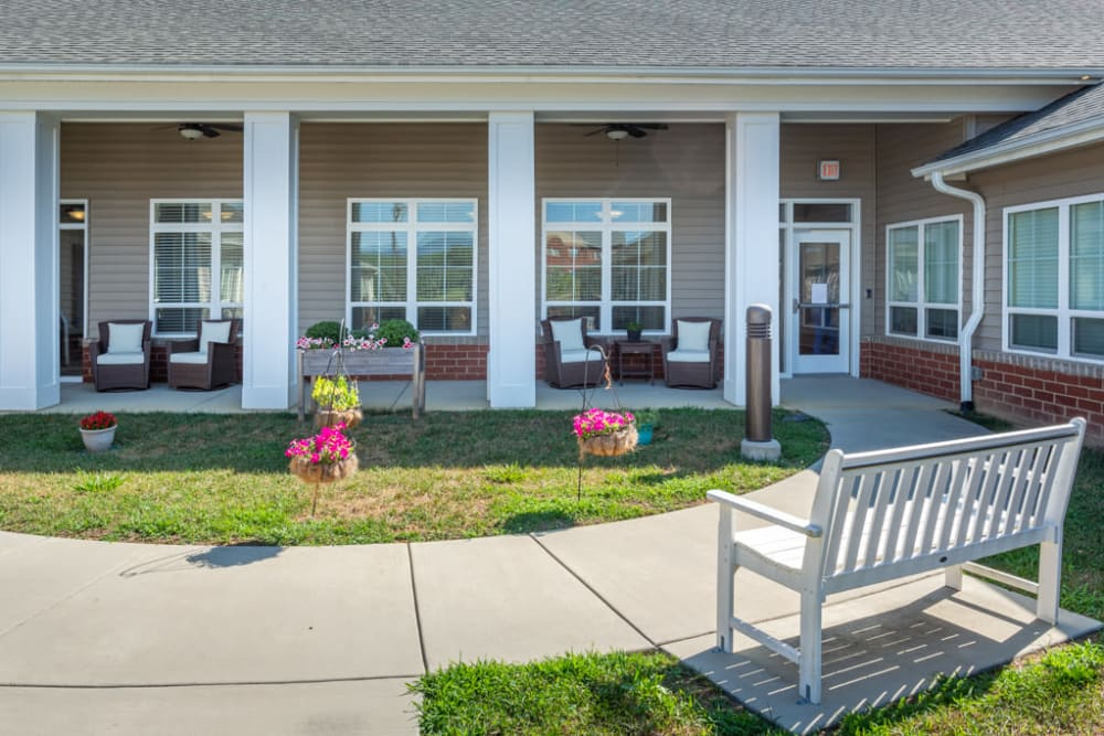 Courtyard at The Harmony Collection at Roanoke - Memory Care in Roanoke, Virginia