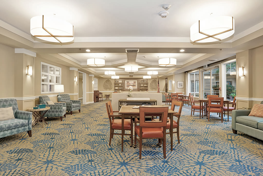 View the photos of the senior living in Mercer Island