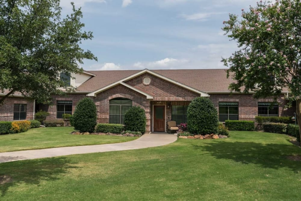Bucolic exterior at RockBrook Memory Care in Lewisville, Texas