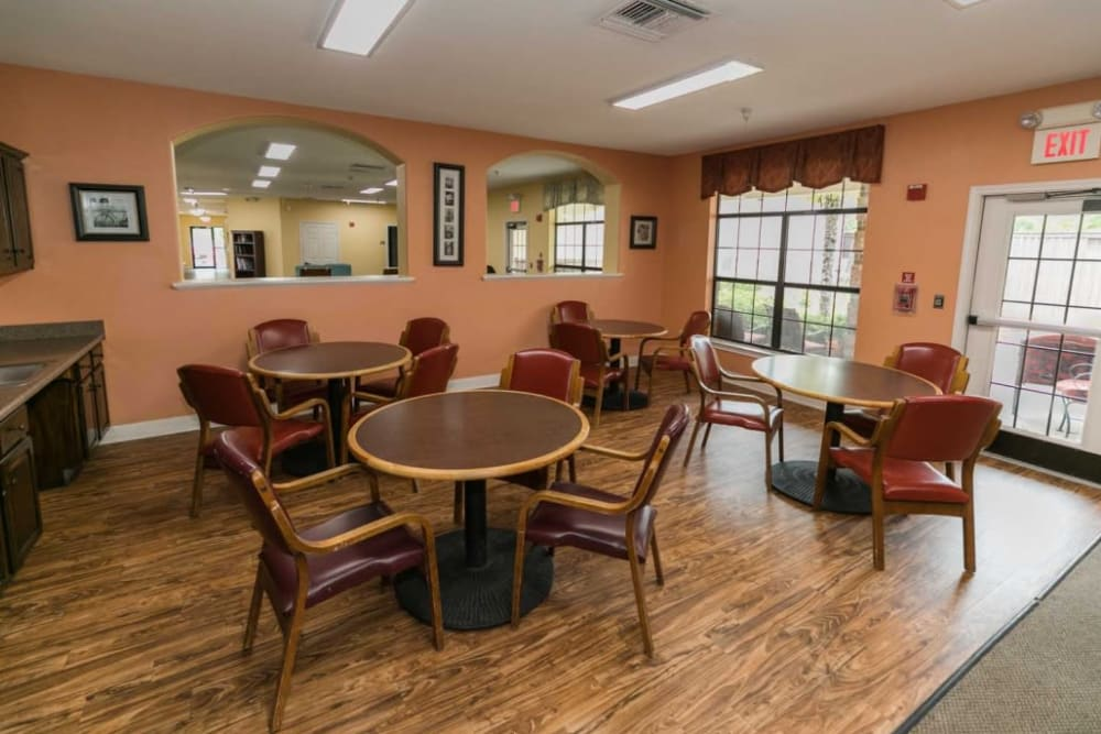 Dining room at RockBrook Memory Care in Lewisville, Texas