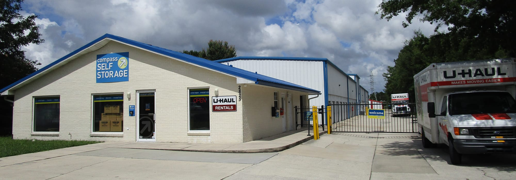 Self storage in Jacksonville FL