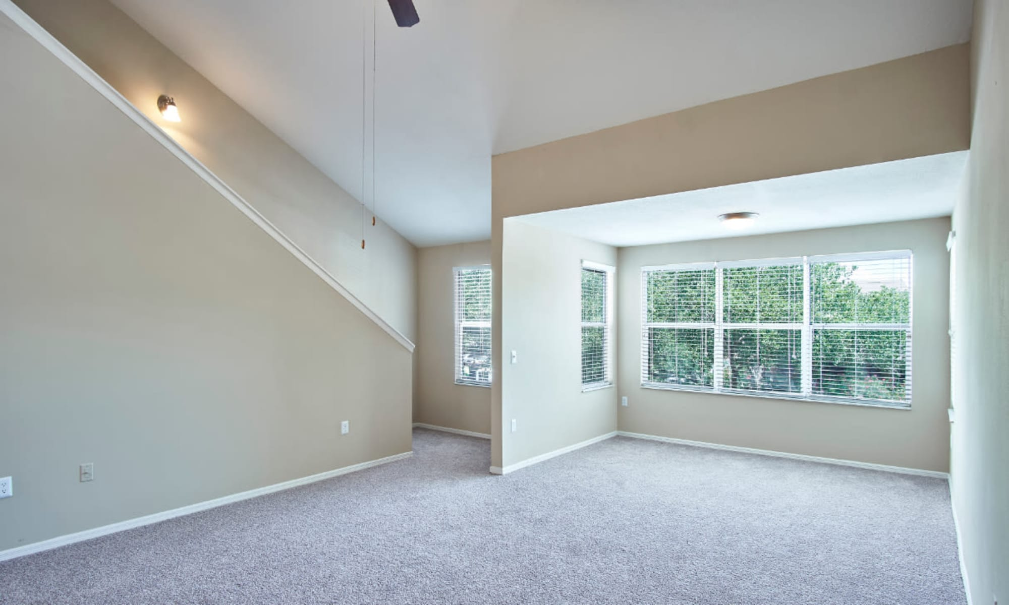 Apartments for rent at Calais Park Apartments in St Petersburg, Florida