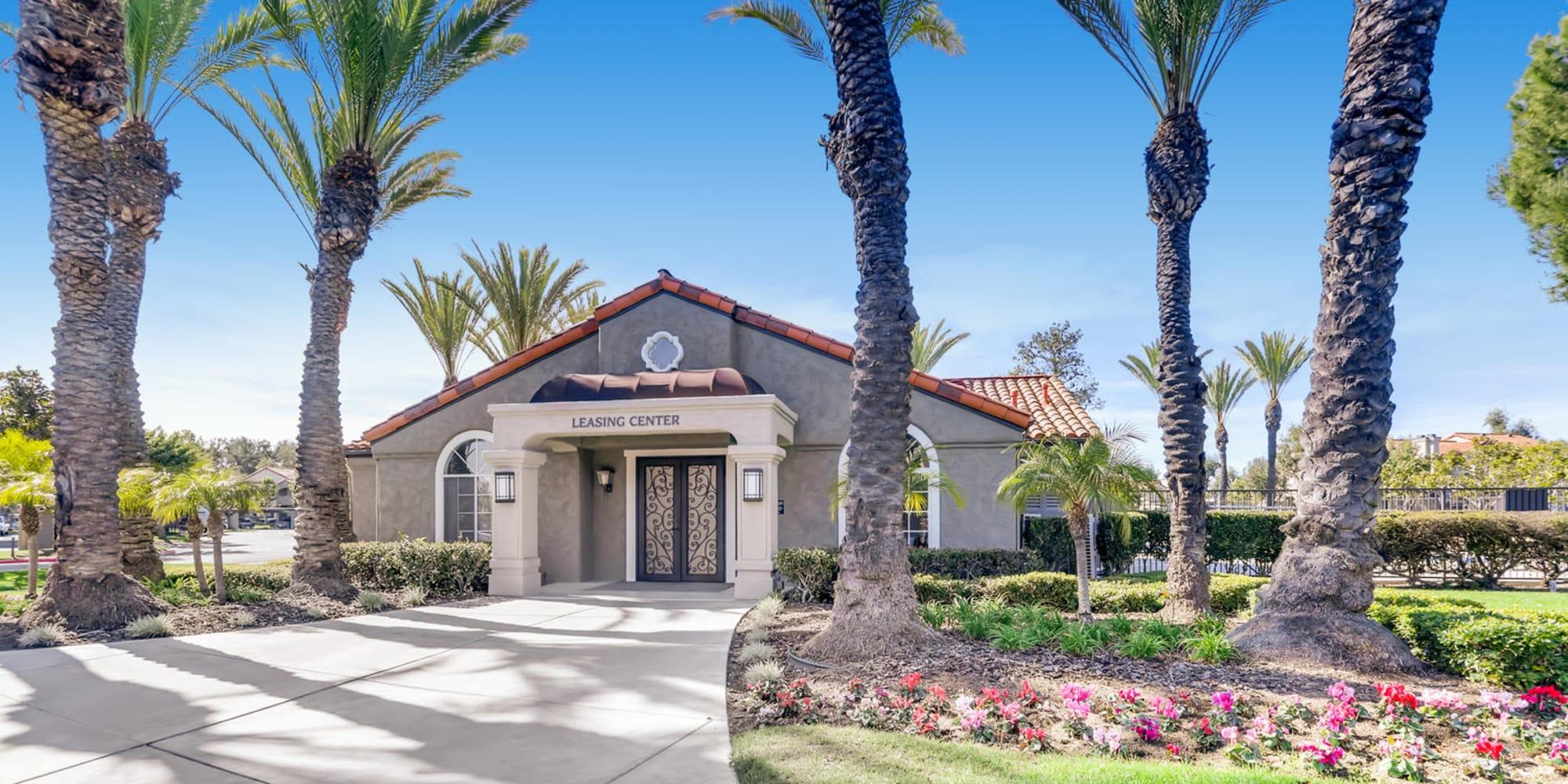 Laguna Niguel, California, apartments at Hidden Hills Condominium Rentals