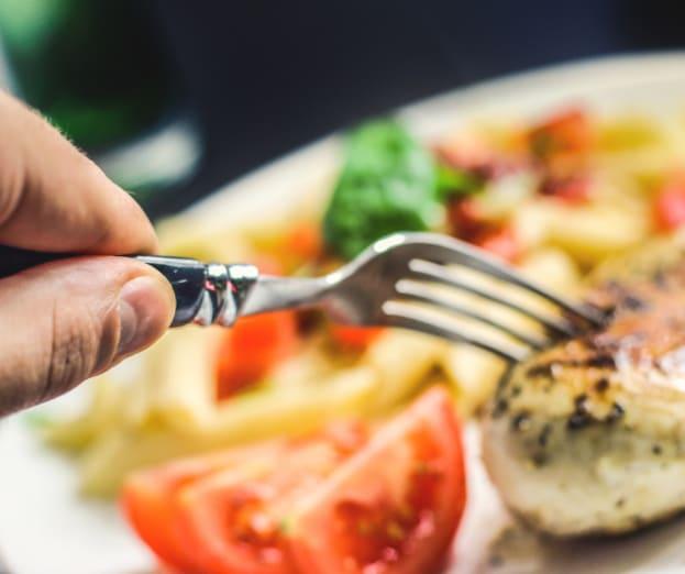 All day dining at Inspired Living Alpharetta in Alpharetta, Georgia