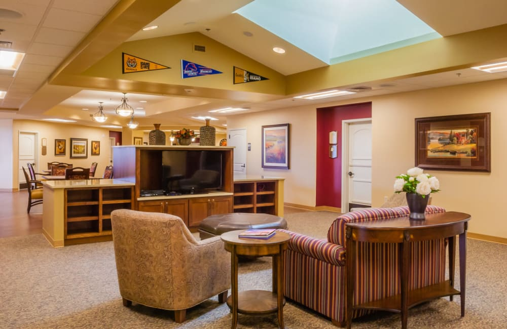 memory care common room at Touchmark on West Prospect in Appleton, Wisconsin