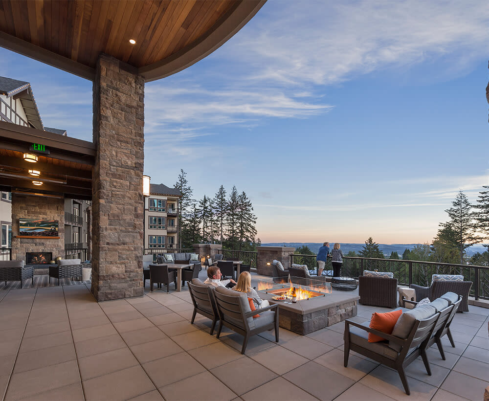 Outdoor dining at Touchmark in the West Hills in Portland, Oregon