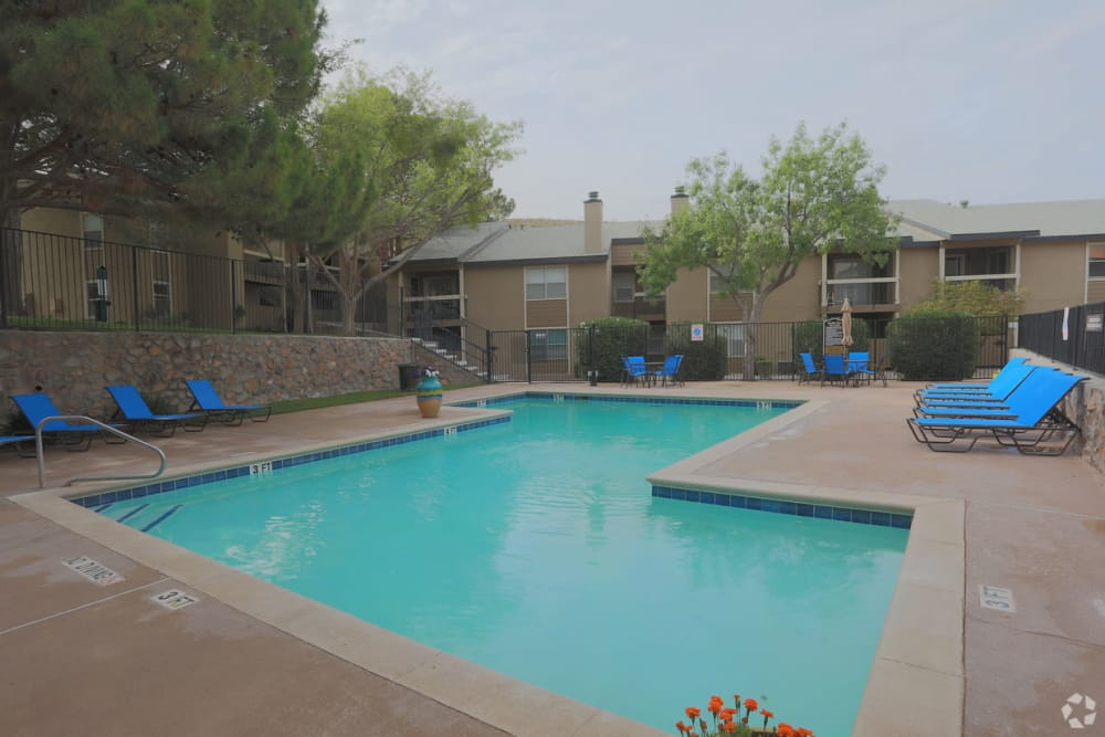 Poolside seating at Double Tree Apartments in El Paso, Texas