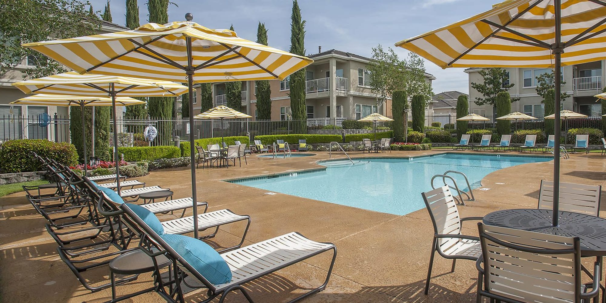 Apartments at Iron Point at Prairie Oaks in Folsom, California
