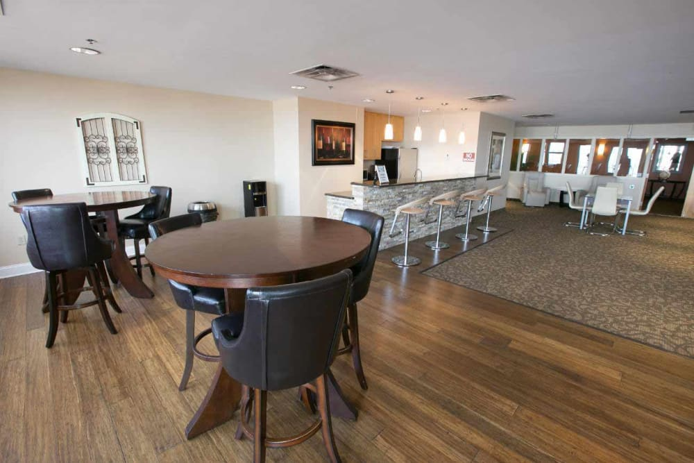 Community room in our Cleveland, Ohio apartments at The Bingham