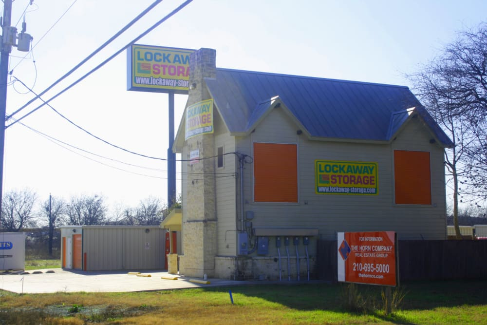 Front Office Exterior of San Antonio, Texas near Lockaway Storage