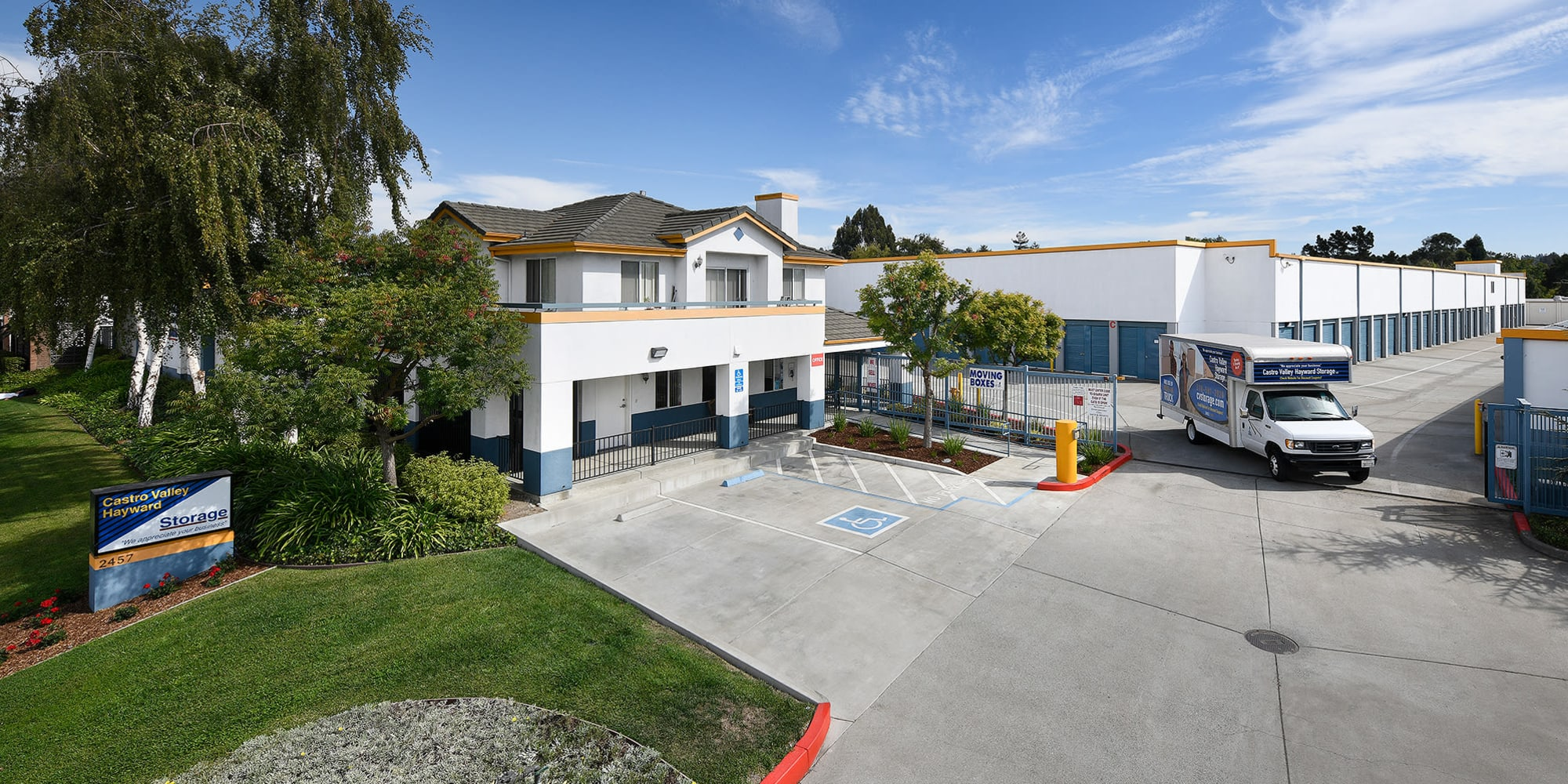 Outside view of Castro Valley Hayward Storage LLC in Castro Valley, California
