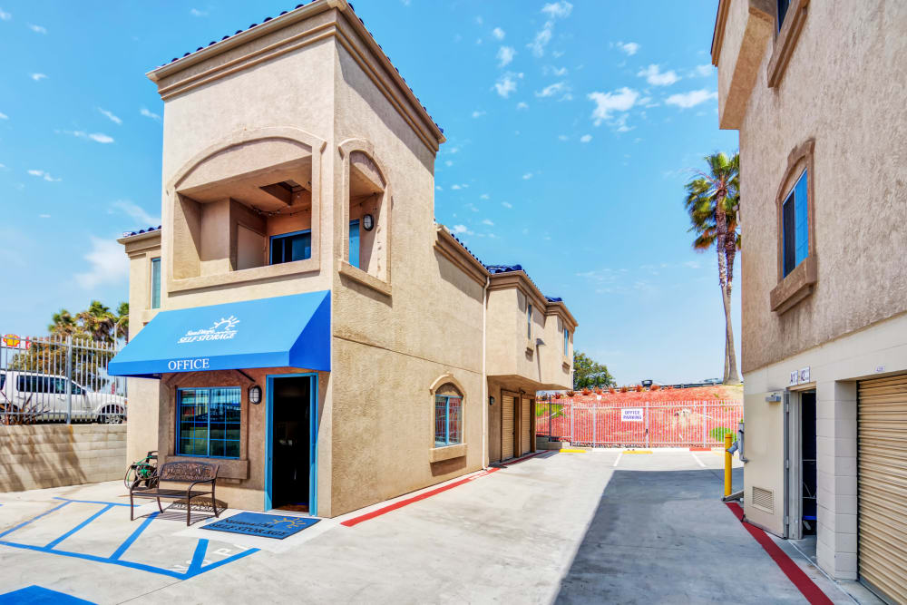 Leasing office at National/54 Self Storage
