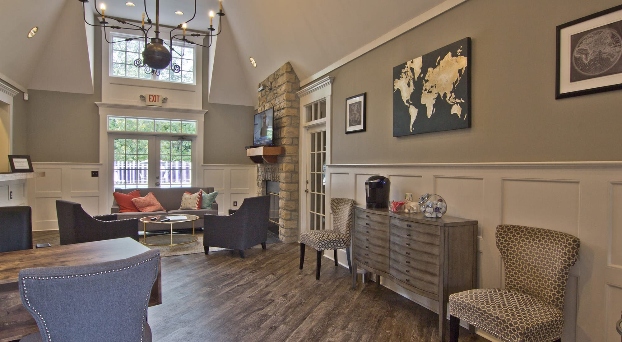 Westerville Apartments & Townhomes | The Woods at Polaris