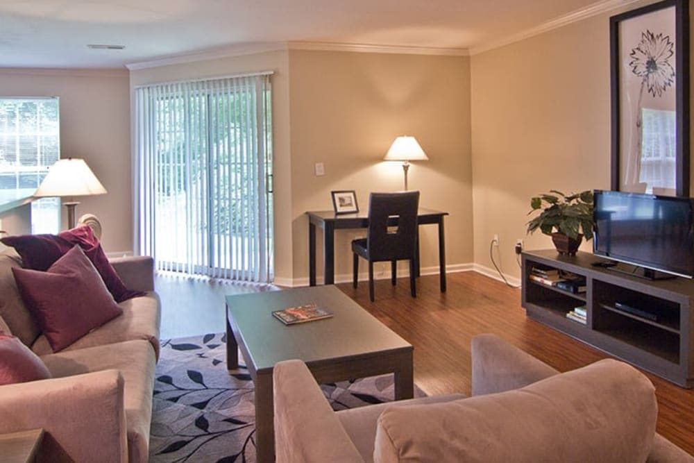 Comfortable and spacious living room at The Woods at Polaris Parkway in Westerville, Ohio