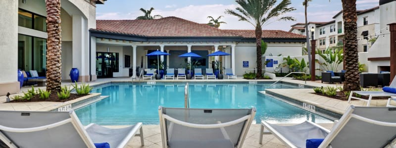 Poolside seating at Linden Pointe in Pompano Beach, Florida