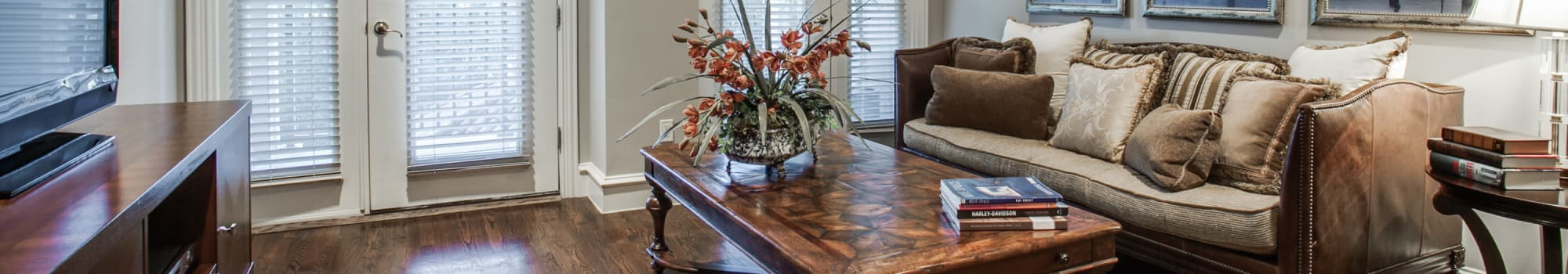 Floor plans at Rienzi at Turtle Creek Apartments in Dallas, Texas