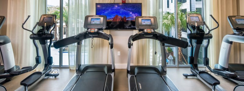 Fully equipped fitness center at Linden Audubon Park in Orlando, Florida