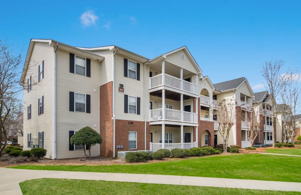 Apartment building exterior at Ten68 West in Dallas, Georgia