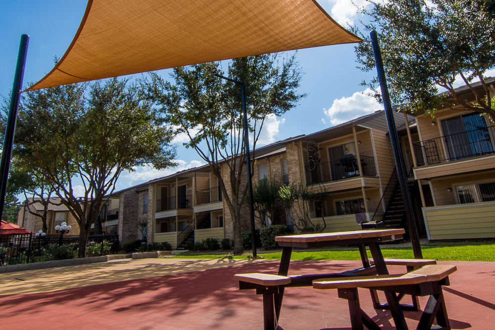 Covered patio at Parkside Apartments
