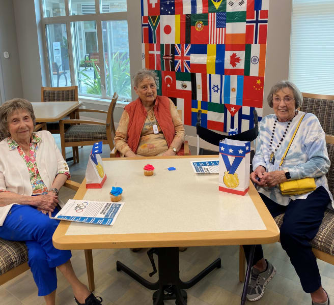 Monterey residents enjoyed the Olympics themed party as they grabbed their flags and enjoyed some delicious treats!