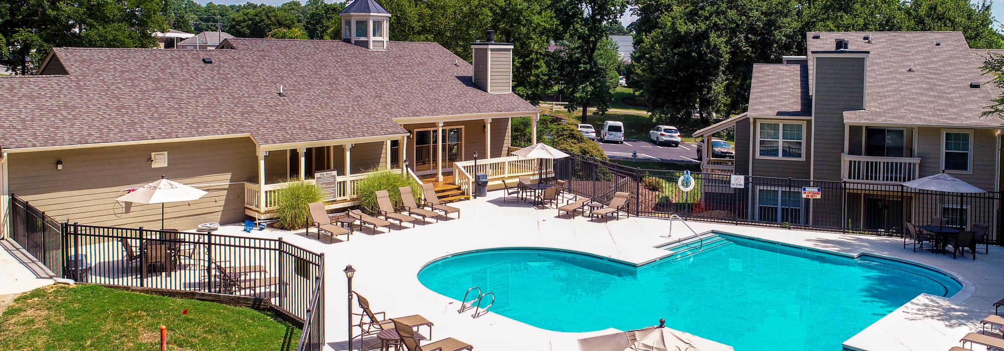 Beautiful swimming pool at Hunter's Chase Apartments in Midlothian, Virginia