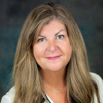 Click to read the bio of Laurie Marks of Inspired Living.