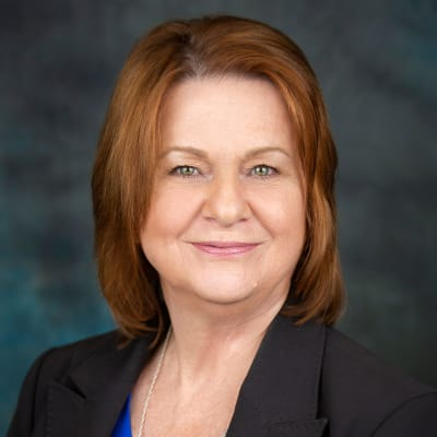 Click to read the bio of Lisa Baty of Inspired Living.