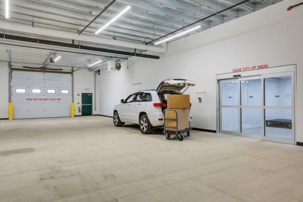 Drive up unloading zone at North Reading Storage Solutions