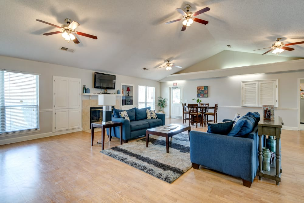 Spacious living room at Cedar Ridge