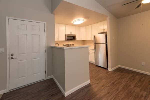 Standard features at Park Ridge Apartment Homes in Rohnert Park
