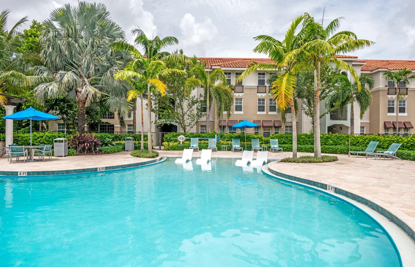Gorgeous swimming pool at IMT Miramar in Miramar, Florida